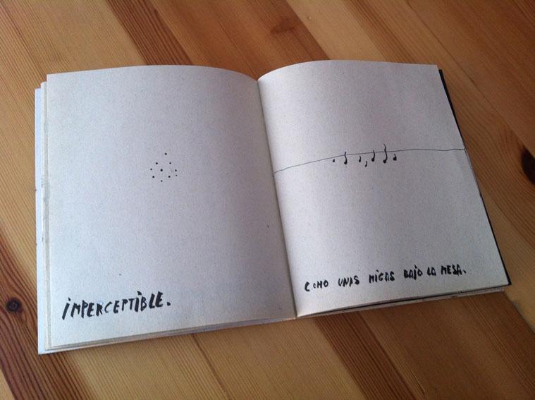 """<p><span style=""""color: #808080; font-size: 9pt;"""">Imperceptible. Como unas migas bajo la mesa."""